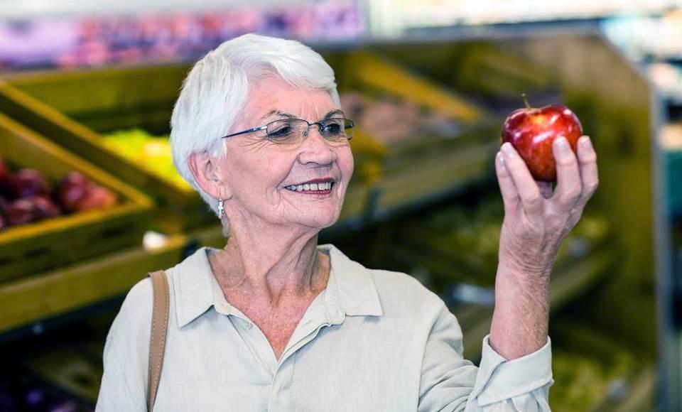 Яблоки при анемии для пожилых людей