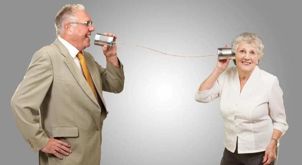 Проблемы со слухом у пожилых